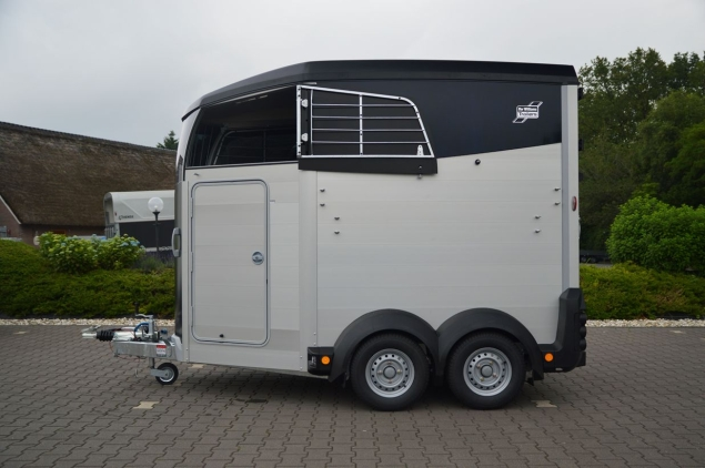 Productfoto Ifor Williams HBX-506 2Paards Paardentrailer