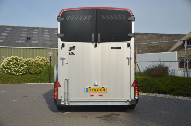 Productfoto Ifor Williams HBX-511 2Paards Paardentrailer